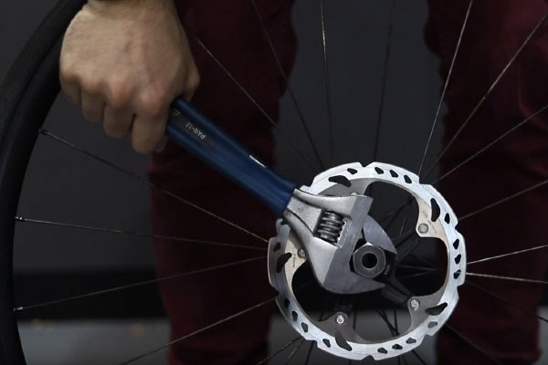 how to change a rotor 9