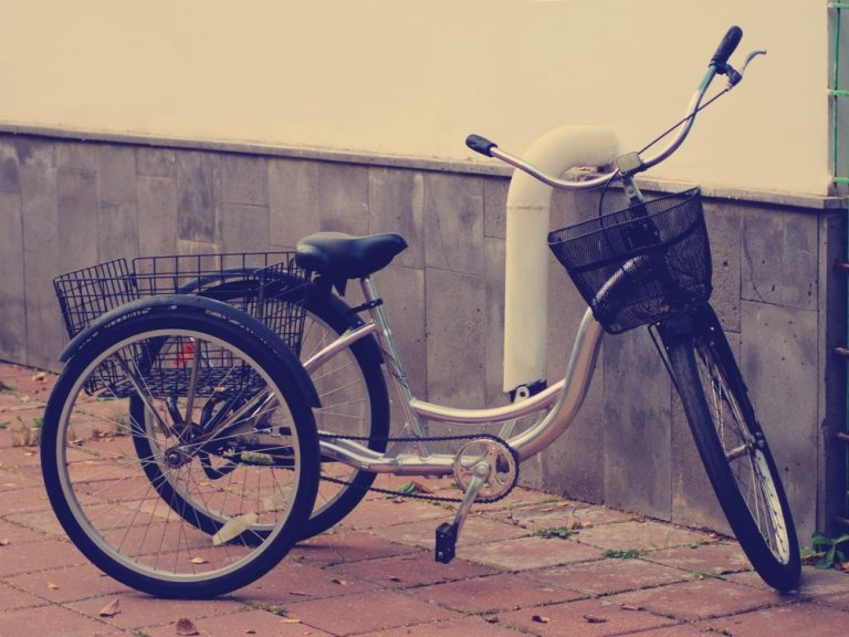 Adult Tricycle Riding – An Easy-to-Follow Guide with Tips & FAQs