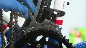 changing a bike chain - Fit the New Chain